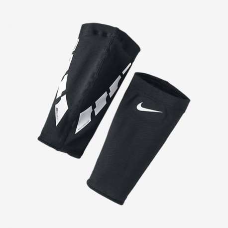 Nike Guard Lock Elite Sleeves